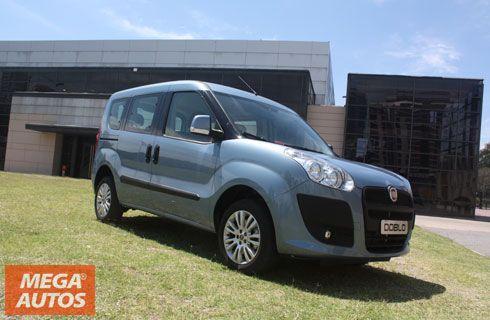 Fiat Dobló, con 3 filas de asientos para la familia