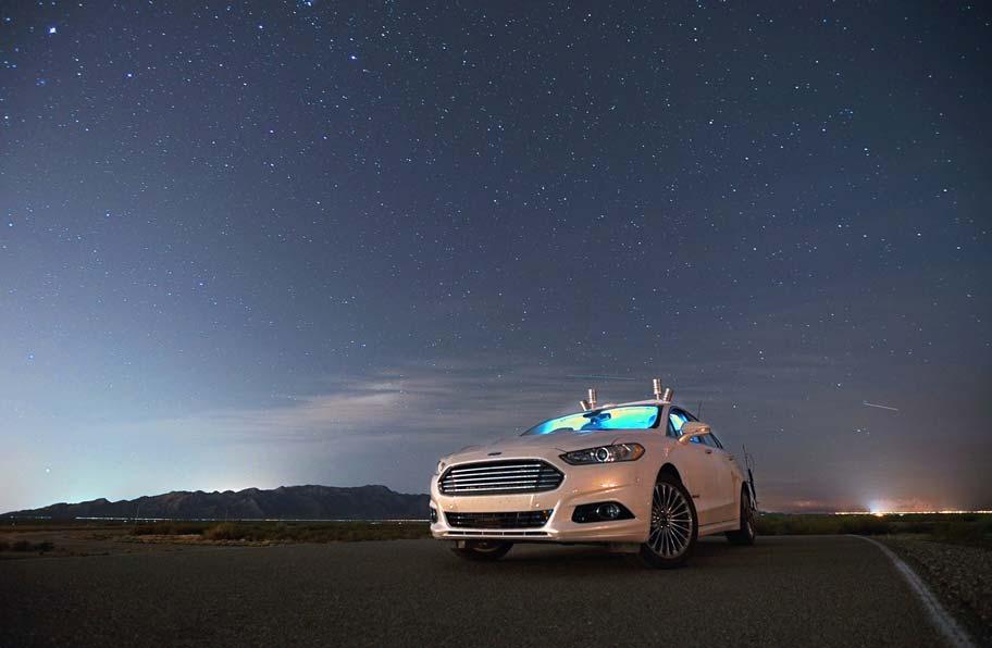 Ford prueba el Mondeo autónomo en la oscuridad absoluta