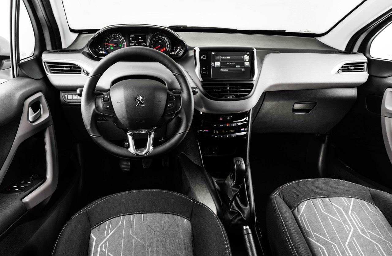 el nuevo peugeot 208 ya est en argentina mega autos. Black Bedroom Furniture Sets. Home Design Ideas