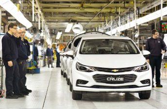 """GM y FOX presentan """"Mega Fábricas: General Motors"""""""
