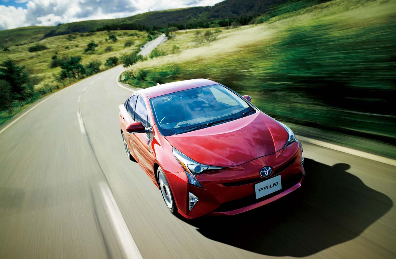 Toyota ya vendió más de 9 millones de híbridos en el mundo