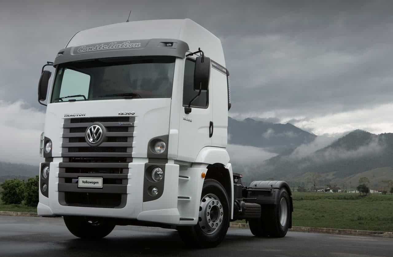 Volkswagen lanz los nuevos camiones constellation for Camiones ford interior