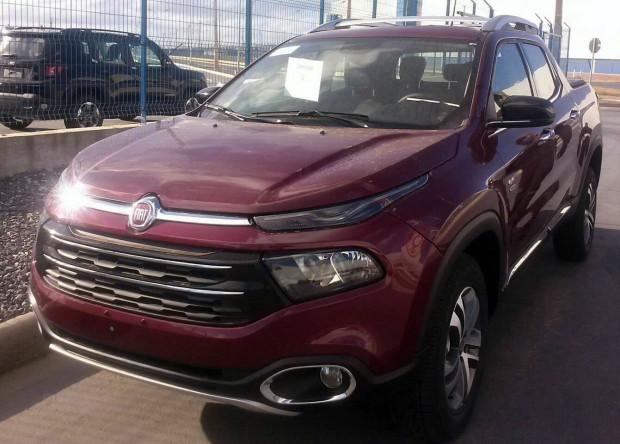 Más fotos espía de la nueva Fiat Toro