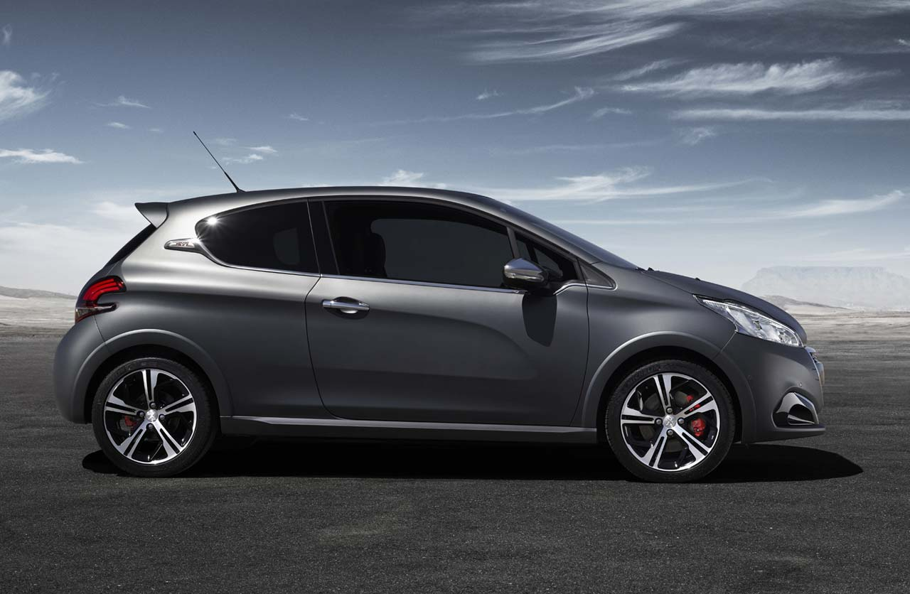 el peugeot 208 gti vuelve recargado mega autos. Black Bedroom Furniture Sets. Home Design Ideas