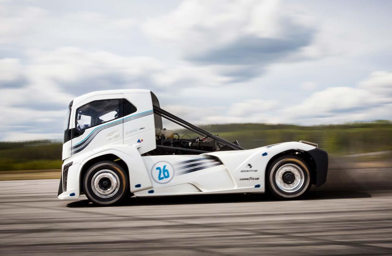 Volvo Iron Knight, el camión más rápido del mundo