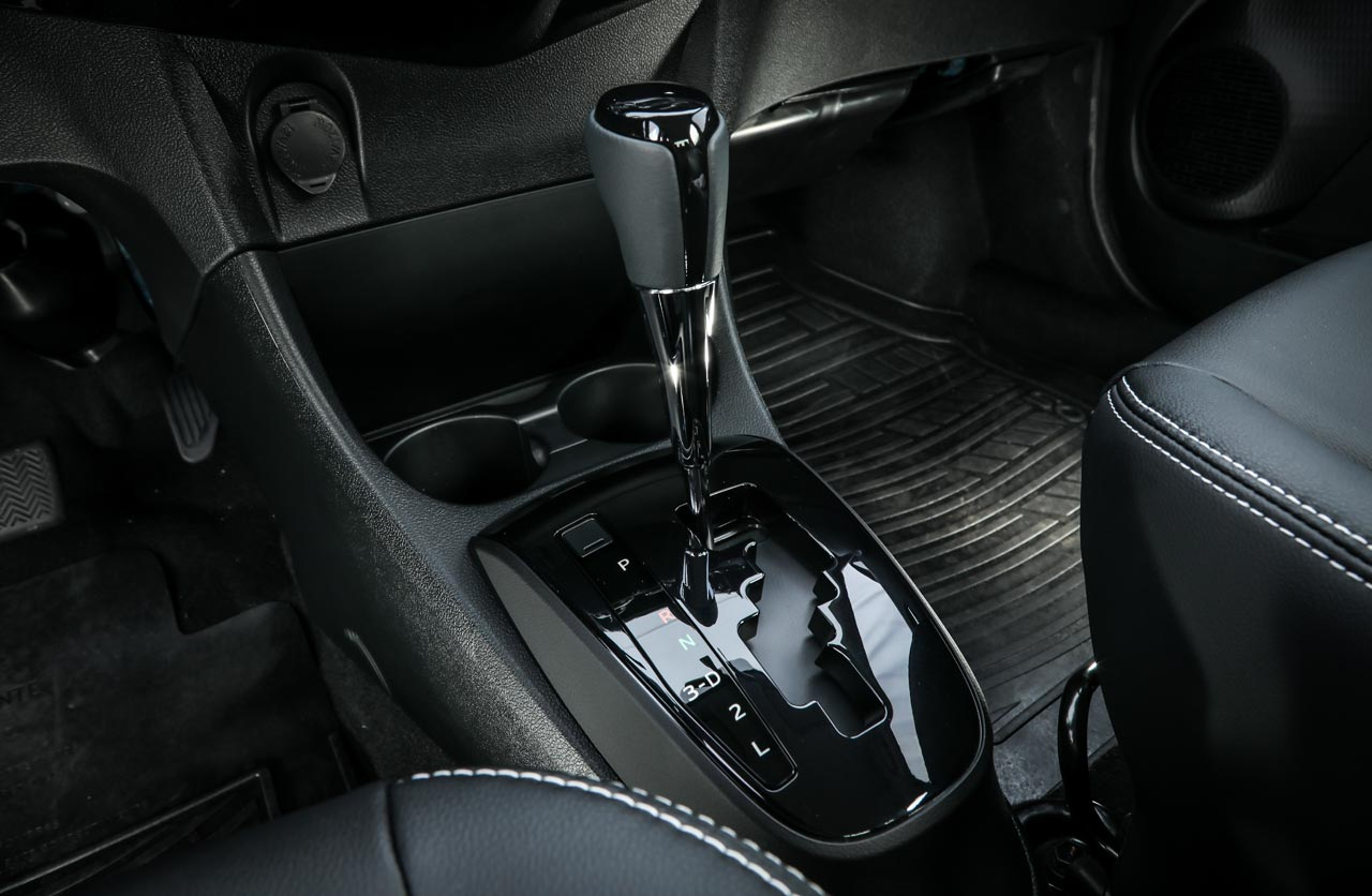 Transmisión Toyota Etios 2018