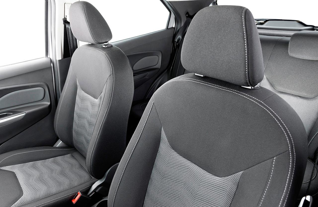 Interior Ford Ka sedán