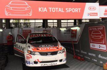 El Kia Cerato vuelve al Turismo Nacional de la mano de Total