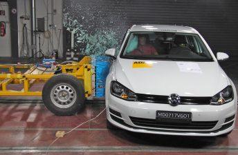 El VW Golf VII obtuvo 5 estrellas bajo el nuevo protocolo de Latin NCAP