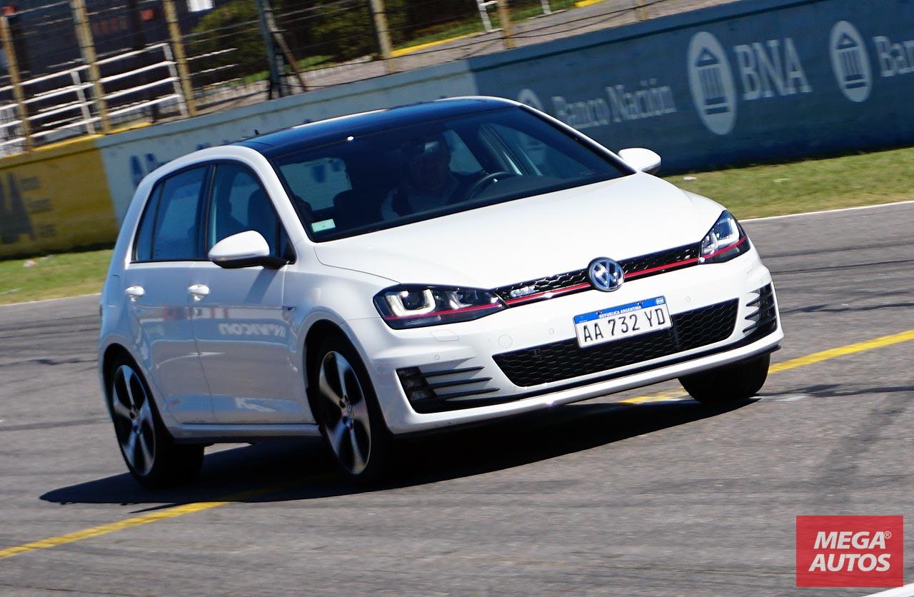 VW Sport Day: manejamos la gama deportiva de Volkswagen en el Autódromo