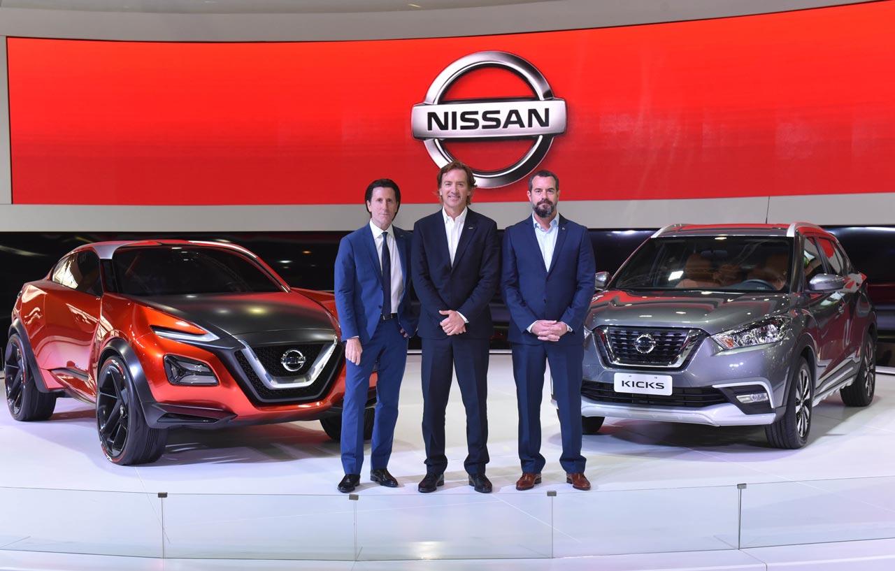 Alfonso Albaisa, Vicepresidente Senior de Diseño a nivel global para Nissan, José Luis Valls, Presidente Ejecutivo para Nissan en América Latina, y Diego Vignati, Director General de Nissan en Argentina.