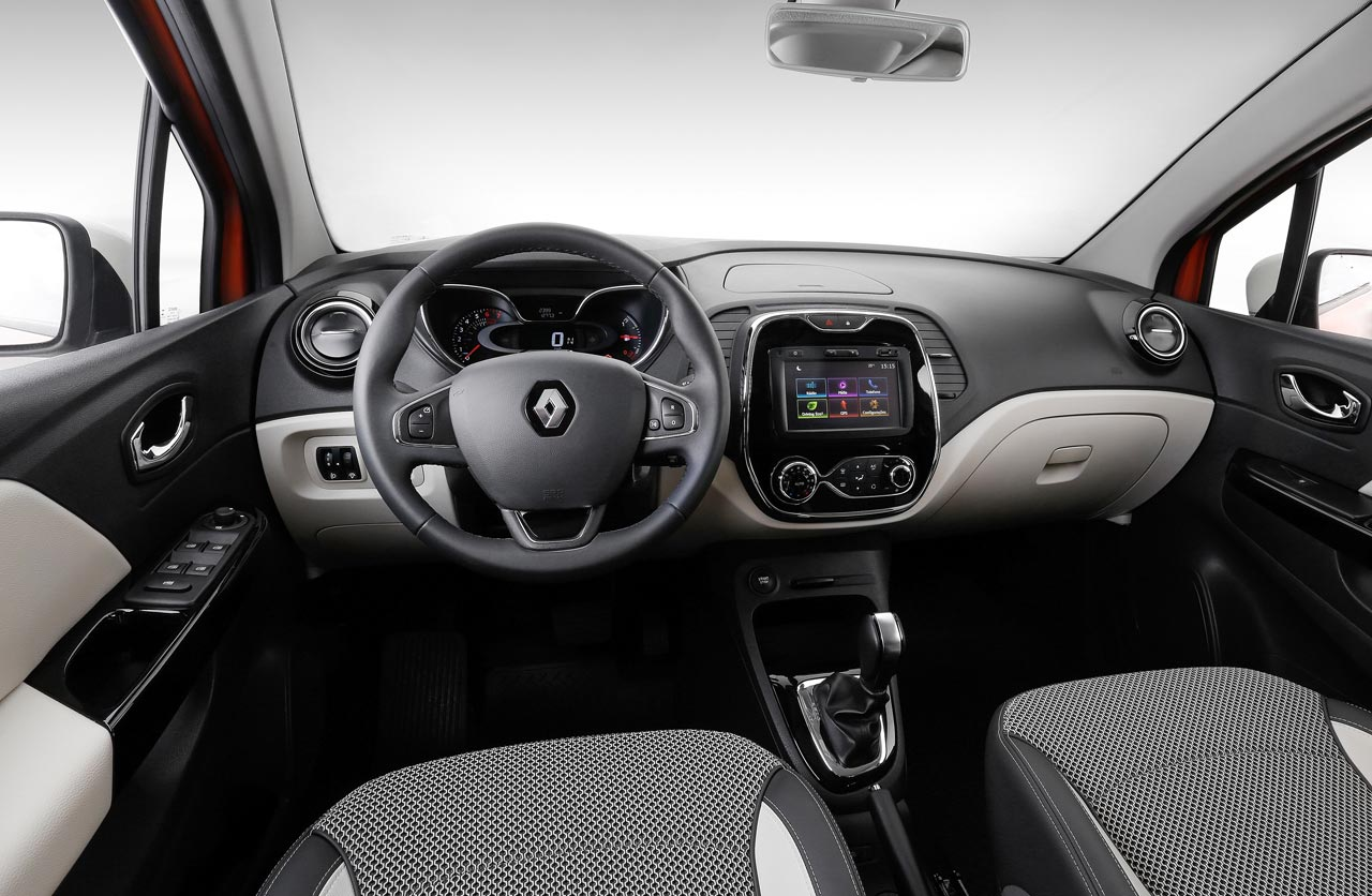 El renault captur sum la caja cvt mega autos for Interior renault captur
