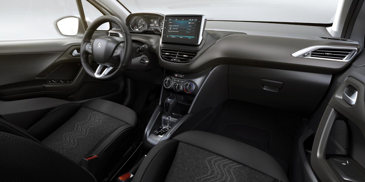 Interior Peugeot 2008 AT6