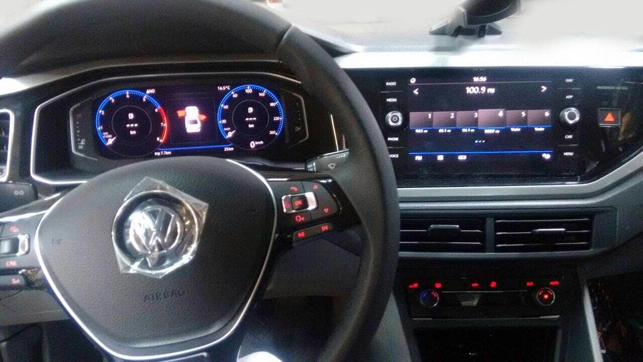 Interior Volkswagen Virtus