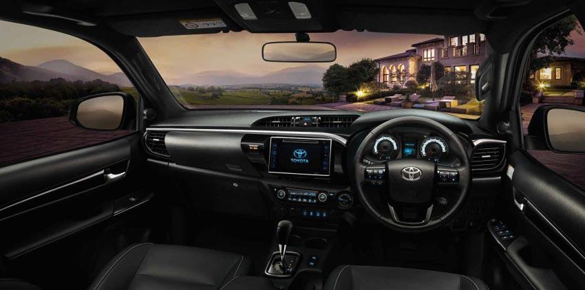 Interior Toyota Hilux 2018