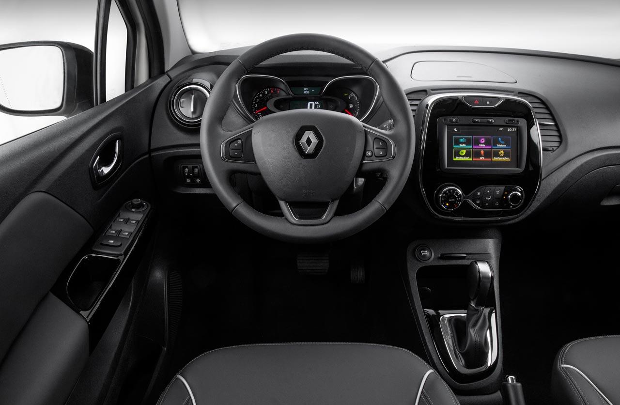Interior Renault Captur CVT