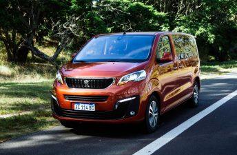 Traveller: llegó el familiar con ocho plazas de Peugeot