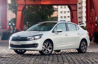Con varias novedades, el nuevo Citroën C4 Lounge ya está a la venta en el país
