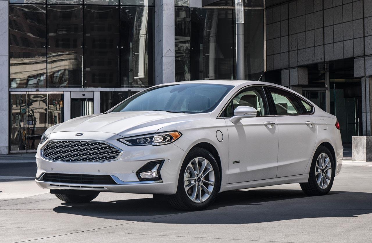 Ford renovó el Mondeo, con más tecnología