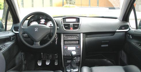 Prueba peugeot 207 gti mega autos for Peugeot 207 interior