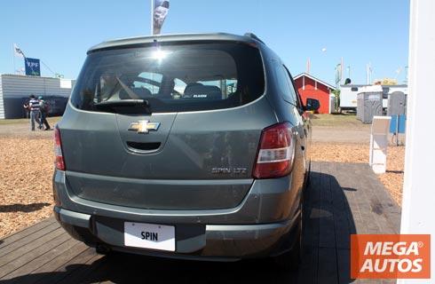 Chevrolet Spin Tambin Diesel Mega Autos