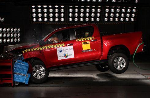 Latin NCAP otorgó 5 estrellas a Hilux y cero a Grand i10