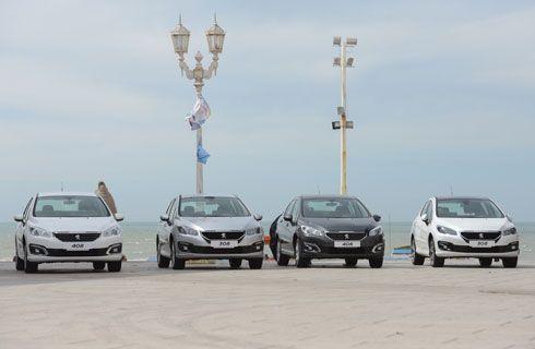 PSA Peugeot Citroën Argentina donó 24 Peugeot 308 y 408 a escuelas del país
