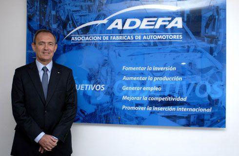 Enrique Alemañy asume la presidencia de ADEFA