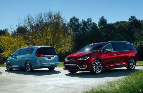 Chrysler presentó la minivan Pacifica