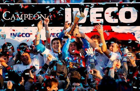 Iveco coronó a Arsenal, campeón del Torneo Clausura 2012 - Mega Autos
