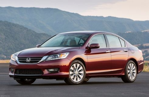 Honda lanza el Accord 2013 en Argentina