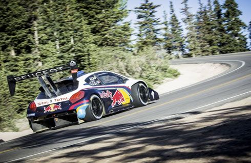 Loeb busca hacer historia con el Peugeot 208 T16 Pikes Peak
