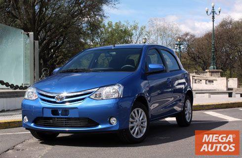Toyota lanzó el Etios al mercado argentino