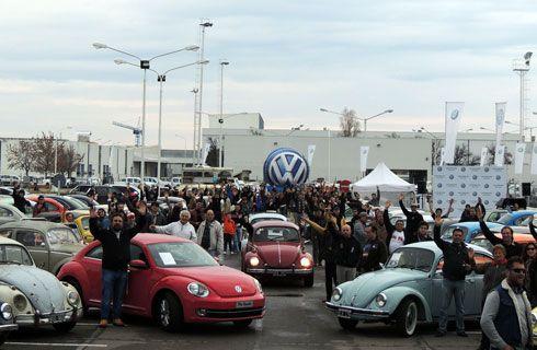 """El mítico """"Beetle"""" de Volkswagen cumple 80 años"""