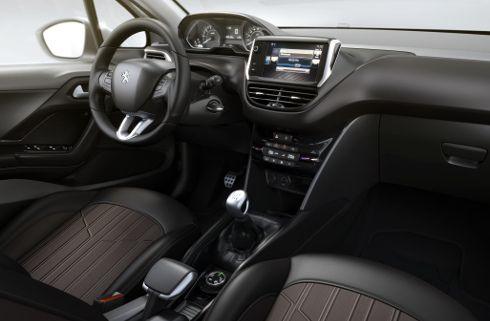 Peugeot 2008 brasileño, con interior revelado