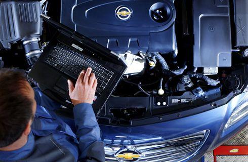 ADEFA recomienda chequear el estado de tu vehículo antes de las vacaciones