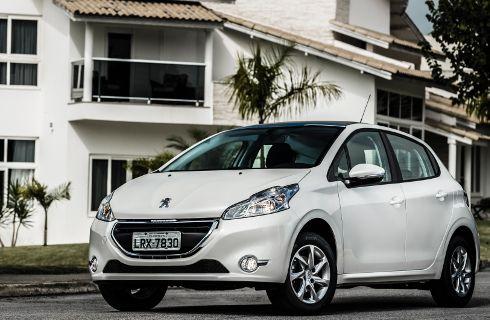 Peugeot 208, ahora también automático