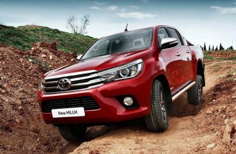 La nueva Toyota Hilux llegó a Europa