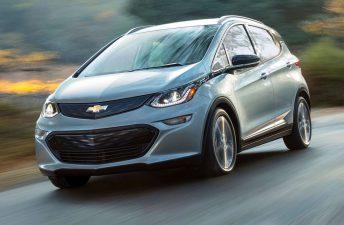 Chevrolet presentó el Bolt EV de producción