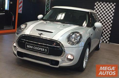MINI lanzó el Cooper 5 puertas en Argentina