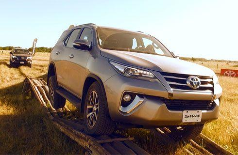 Manejamos la nueva Toyota SW4