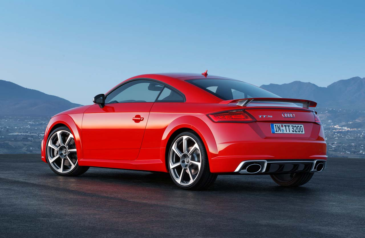 Audi-TT-RS-2016-Coupe-atras