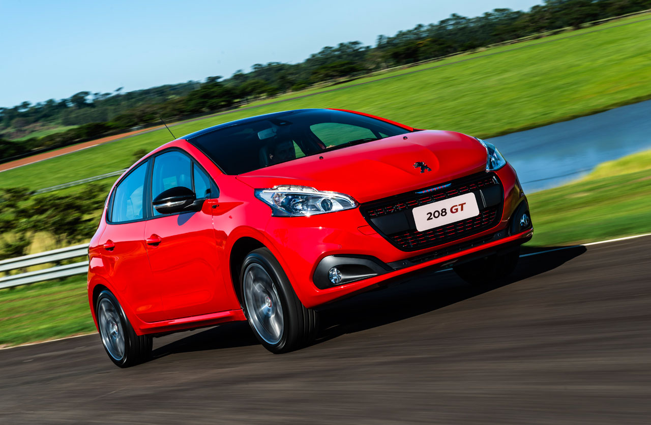 chevrolet spin novedades with Peugeot 208 Brasil 2016 2 on Peugeot Rifter Nueva Partner as well Baic X55 2 furthermore Mal Bmw I8 Es Chocado Antes De Su Lanzamiento Mundial likewise Autos Pick Ups Mas Vendidos Argentina likewise 157632.