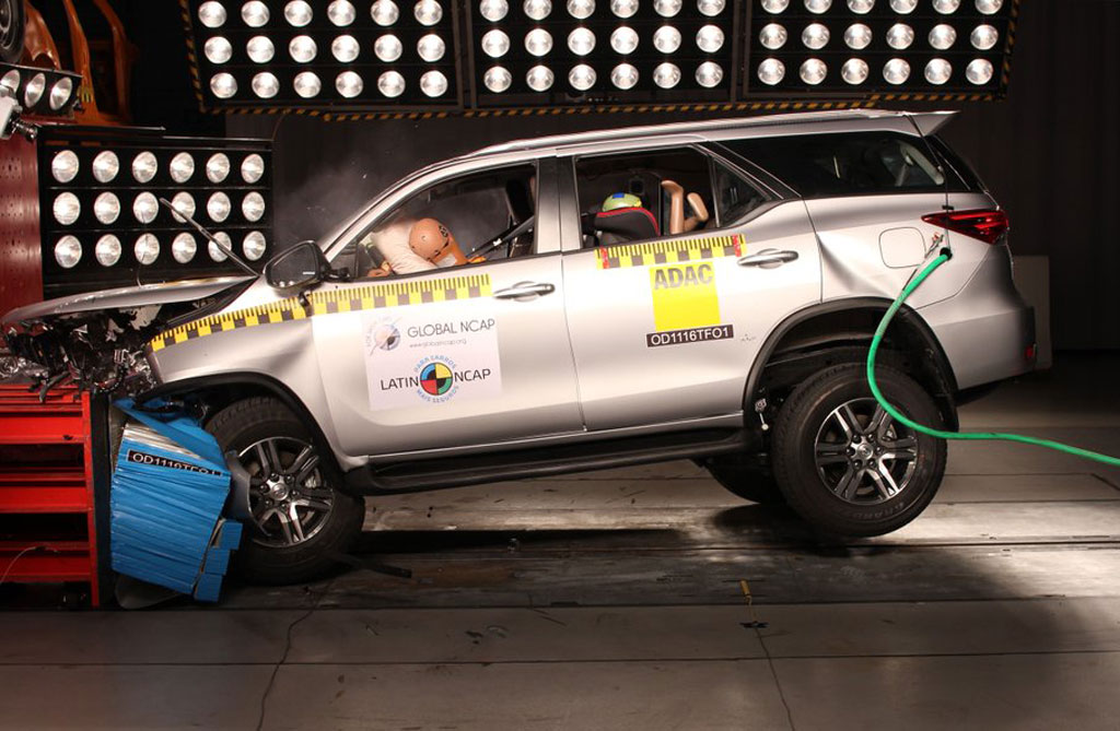 La Toyota SW4 logró cinco estrellas de Latin NCAP