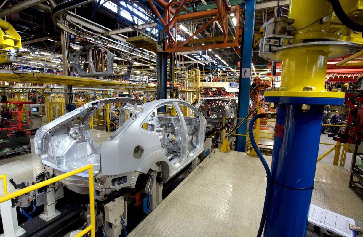 Nueva baja en la producción de autos: -8,4% en marzo