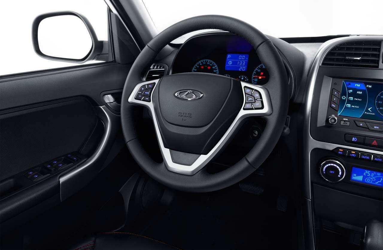 Chery-Tiggo-3-interior-volante
