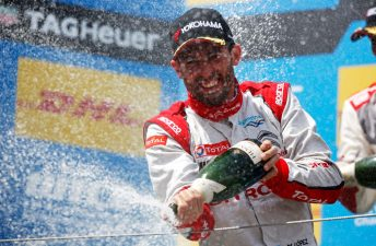 Otro histórico doblete de Pechito, esta vez en Nürburgring