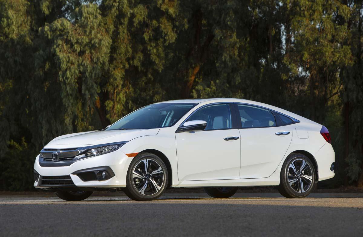 Civic-Sedan-decima-generación-perfil
