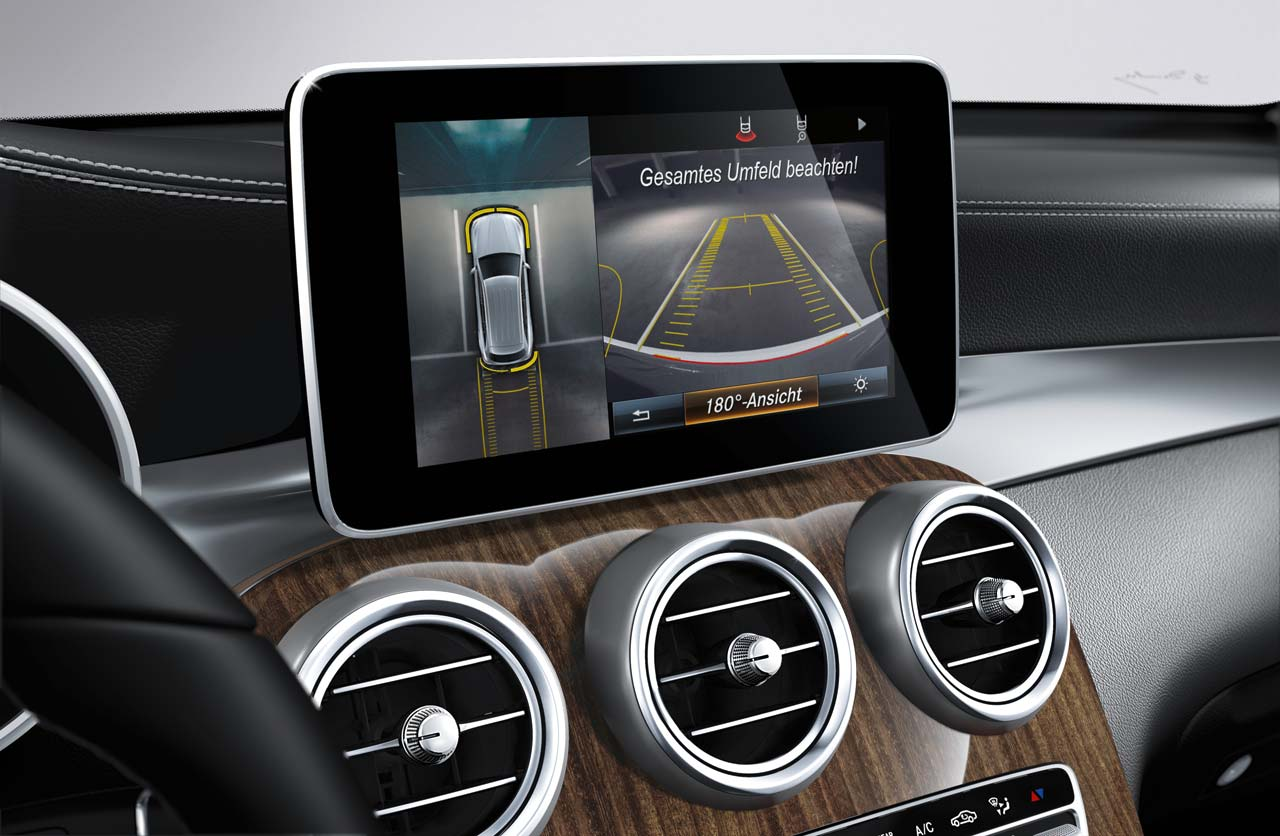 Mercedes-Benz-GLC-multimedia