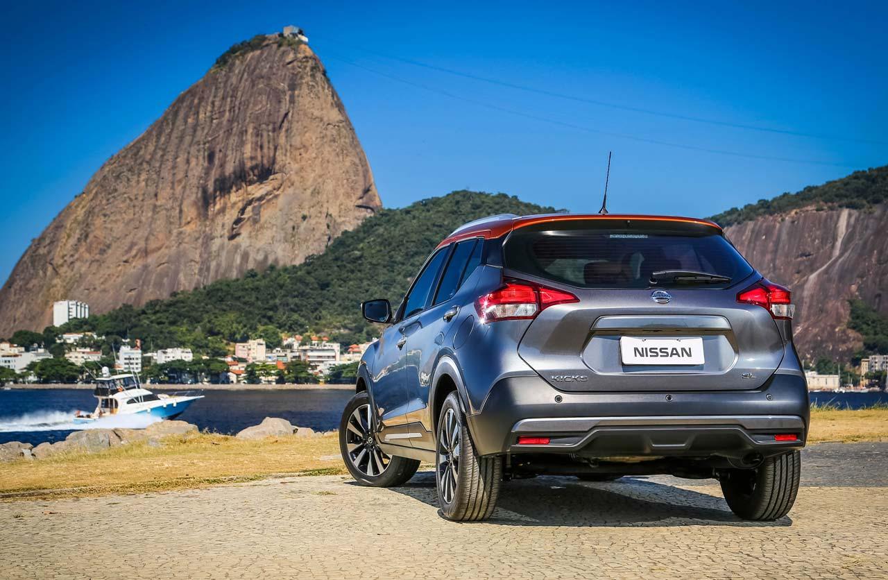 Nissan-Kicks-Brasil-morro-trasera